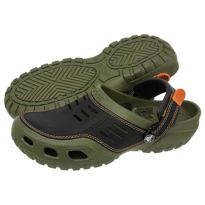 Klapki Crocs Yukon Sport Army GreenBlack 10931 w ButSklep.pl